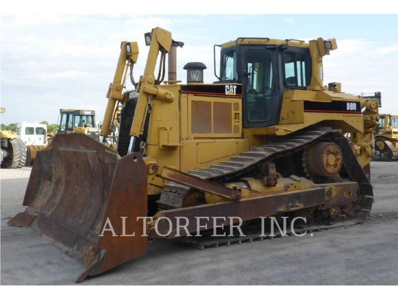 CATERPILLAR TRACK TYPE TRACTORS D8RII equipment  photo 1