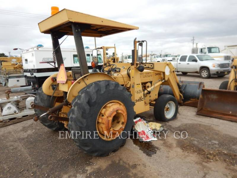 NEW HOLLAND CHARGEUR INDUSTRIEL 345C equipment  photo 2