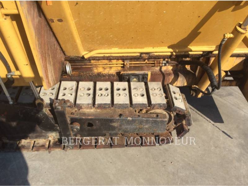 BITELLI S.P.A. PAVIMENTADORA DE ASFALTO BB621C equipment  photo 13