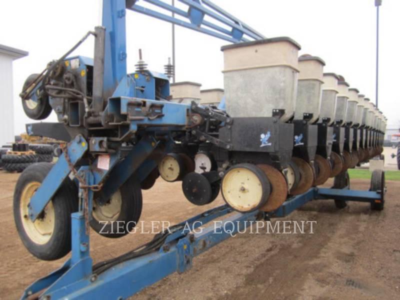 KINZE PLANTING EQUIPMENT 2300 equipment  photo 5
