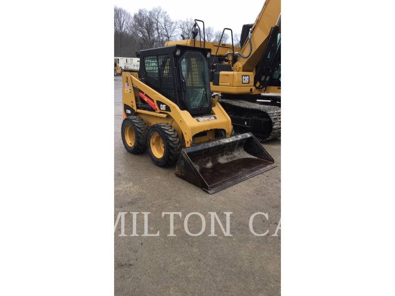 CATERPILLAR CHARGEURS COMPACTS RIGIDES 226B 3 equipment  photo 3