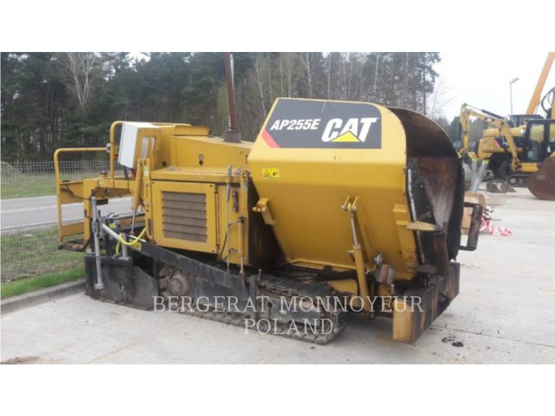 CATERPILLAR ASPHALT PAVERS AP 255 E equipment  photo 8