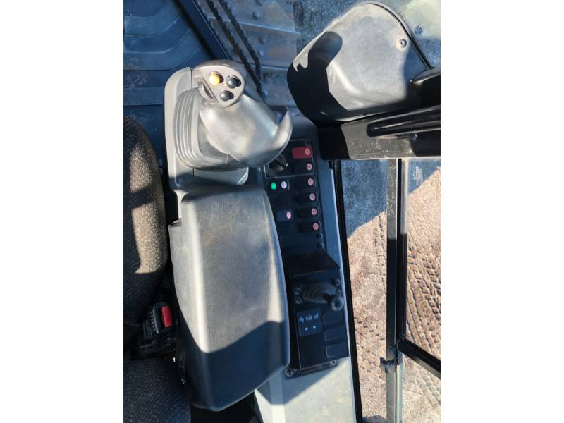 CATERPILLAR TRACK TYPE TRACTORS D6K2XL equipment  photo 20
