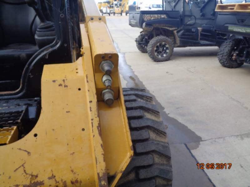 CATERPILLAR MINICARGADORAS 262D equipment  photo 15
