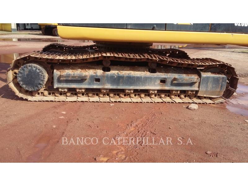 CATERPILLAR TRACK EXCAVATORS 320D equipment  photo 14
