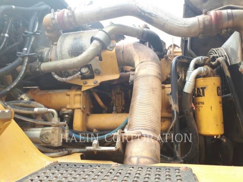 CATERPILLAR ARTICULATED TRUCKS 735 equipment  photo 22
