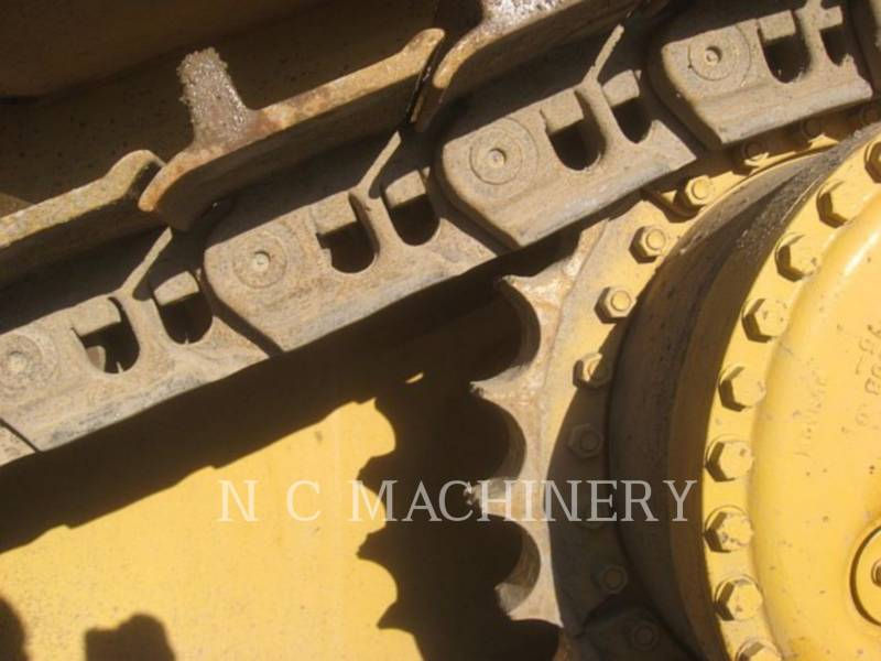 CATERPILLAR TRACK TYPE TRACTORS D9N equipment  photo 6
