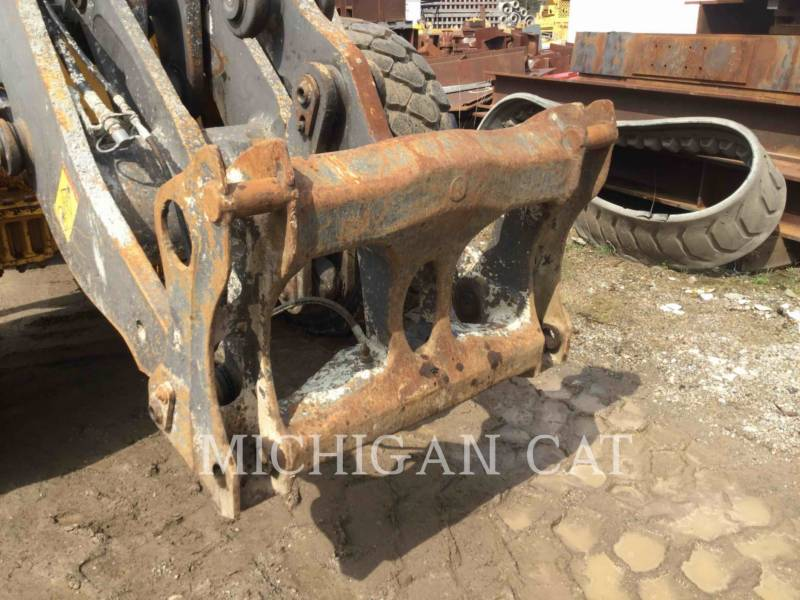 VOLVO CONSTRUCTION EQUIPMENT WHEEL LOADERS/INTEGRATED TOOLCARRIERS L120E equipment  photo 12