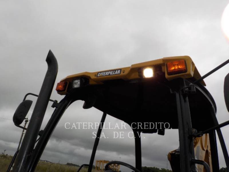 CATERPILLAR BACKHOE LOADERS 416EST equipment  photo 12