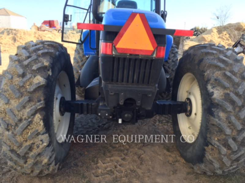 NEW HOLLAND LTD. TRACTORES AGRÍCOLAS TV6070 equipment  photo 6