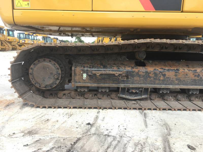CATERPILLAR KETTEN-HYDRAULIKBAGGER 323FL equipment  photo 12
