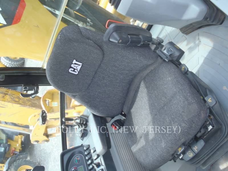 CATERPILLAR TERNE 420FST equipment  photo 17