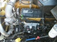 CATERPILLAR CAMIONS ROUTIERS CT660L equipment  photo 10