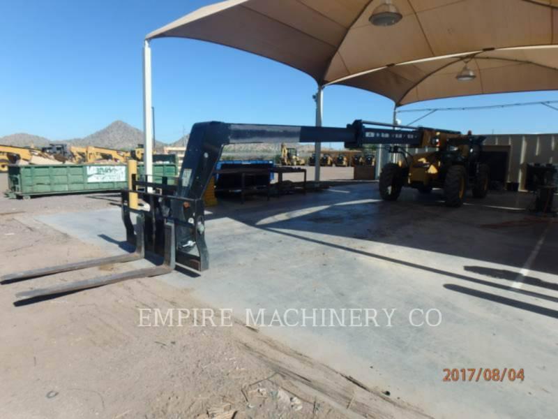 CATERPILLAR TELEHANDLER TL943D equipment  photo 4