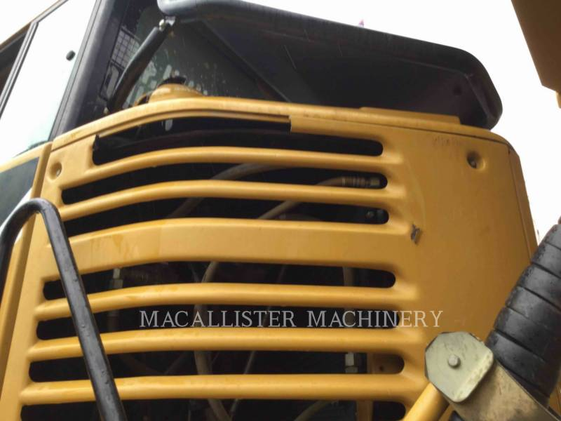 CATERPILLAR ARTICULATED TRUCKS 740 equipment  photo 8