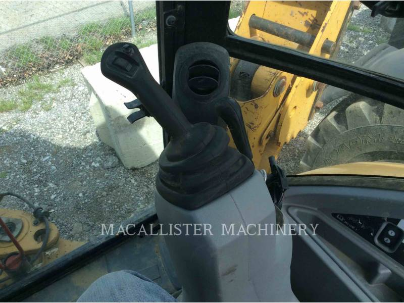 CATERPILLAR RETROEXCAVADORAS CARGADORAS 420FST equipment  photo 17
