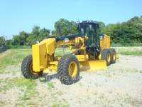 Equipment photo CATERPILLAR 140M2 BR MOTOR GRADERS 1