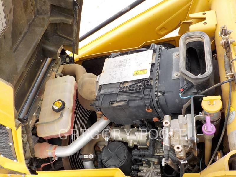CATERPILLAR CHARGEUSES-PELLETEUSES 416F equipment  photo 16