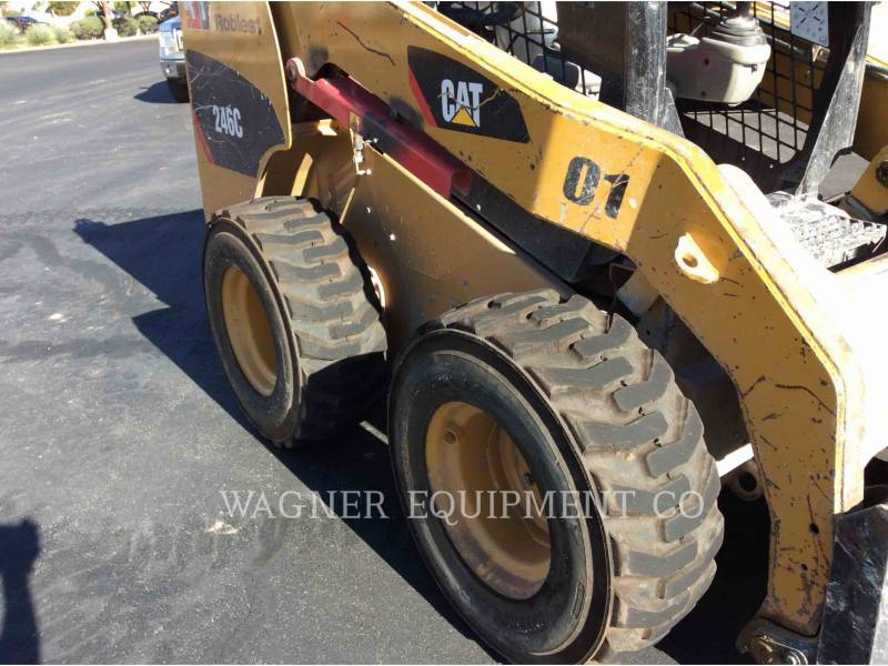 CATERPILLAR CHARGEURS COMPACTS RIGIDES 246C equipment  photo 15