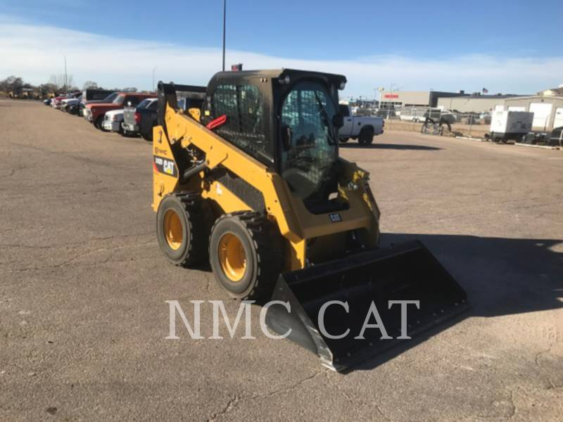 CATERPILLAR CHARGEURS COMPACTS RIGIDES 242D equipment  photo 4