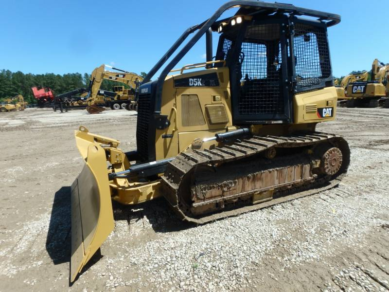 CATERPILLAR TRACK TYPE TRACTORS D5K2XL equipment  photo 1
