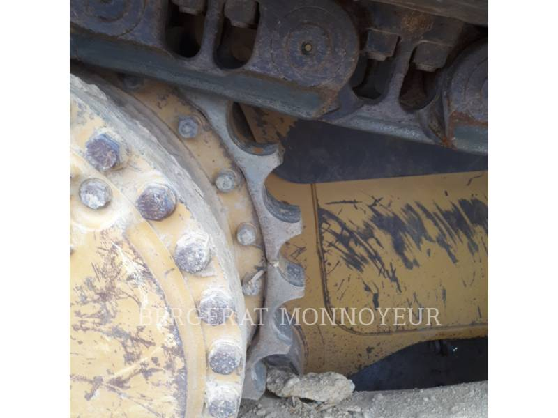CATERPILLAR TRACTEURS SUR CHAINES D6R3 equipment  photo 9