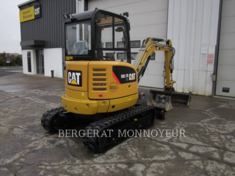 CATERPILLAR TRACK EXCAVATORS 302.7D CR equipment  photo 3