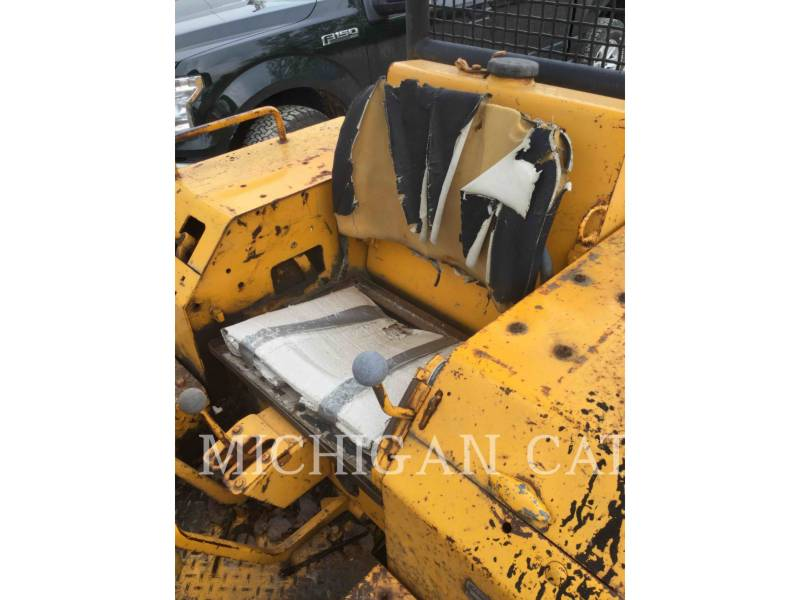JOHN DEERE KETTENDOZER 350B equipment  photo 24