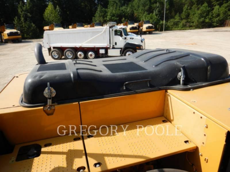 CATERPILLAR 履带式挖掘机 320EL equipment  photo 17