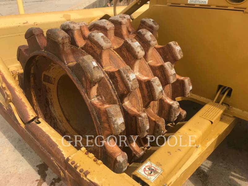 CATERPILLAR TRACTORES TOPADORES DE RUEDAS 815F II equipment  photo 11