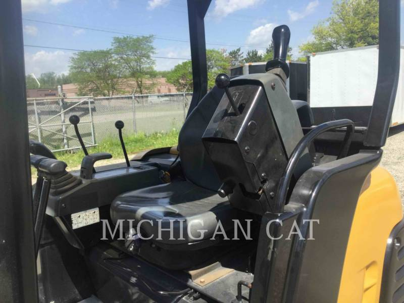 CATERPILLAR TRACK EXCAVATORS 302.5 equipment  photo 20