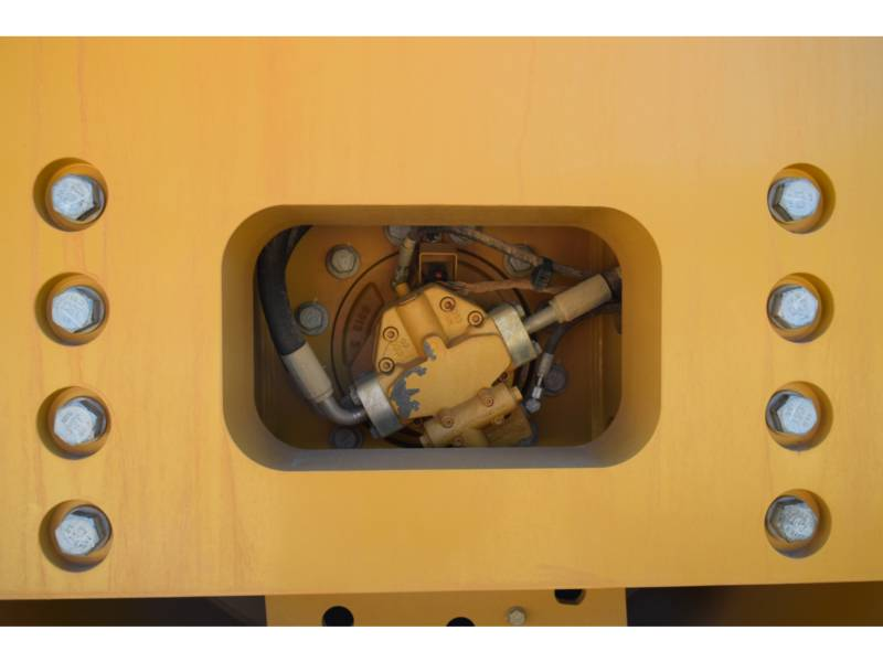 CATERPILLAR 振動シングル・ドラム・スムーズ CS78B equipment  photo 7