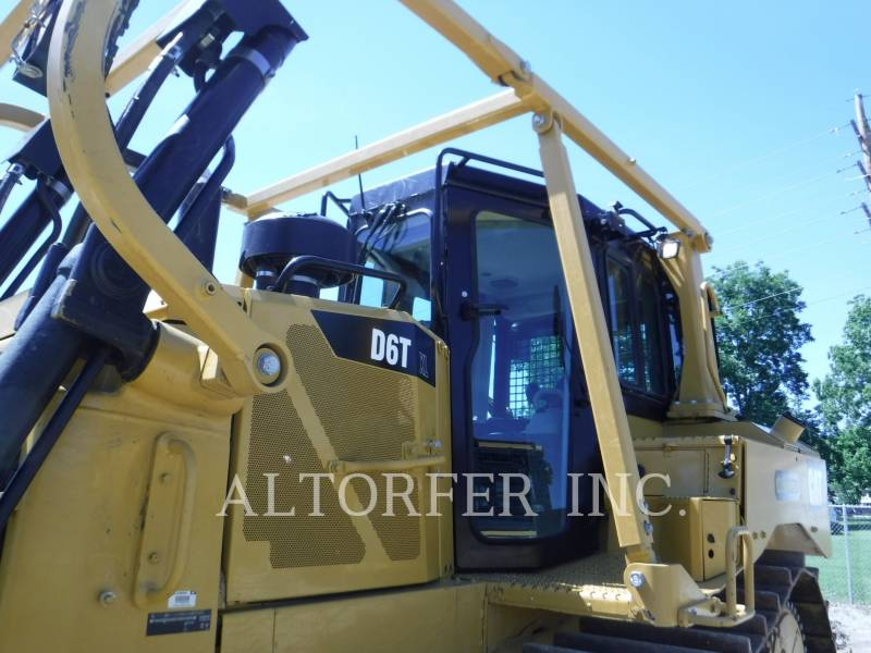 CATERPILLAR TRACTORES DE CADENAS D6T XL R equipment  photo 4