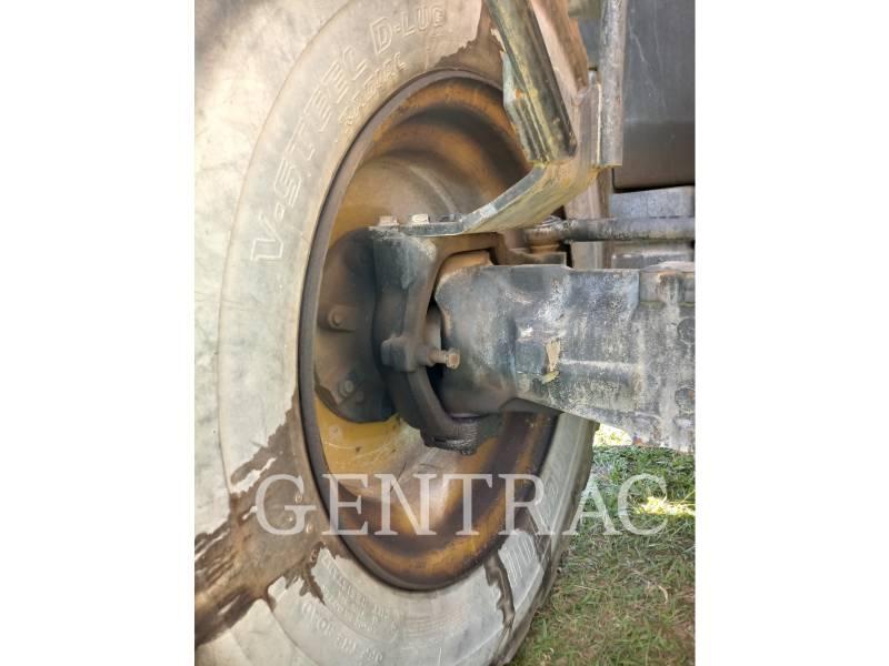 Caterpillar STIVUITOR TELESCOPIC TH406C equipment  photo 7