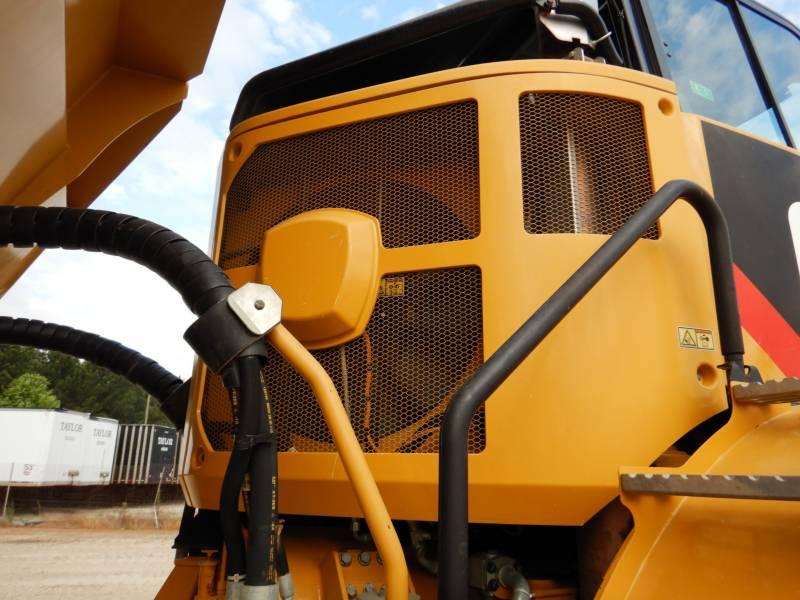 CATERPILLAR KNICKGELENKTE MULDENKIPPER 740B equipment  photo 22