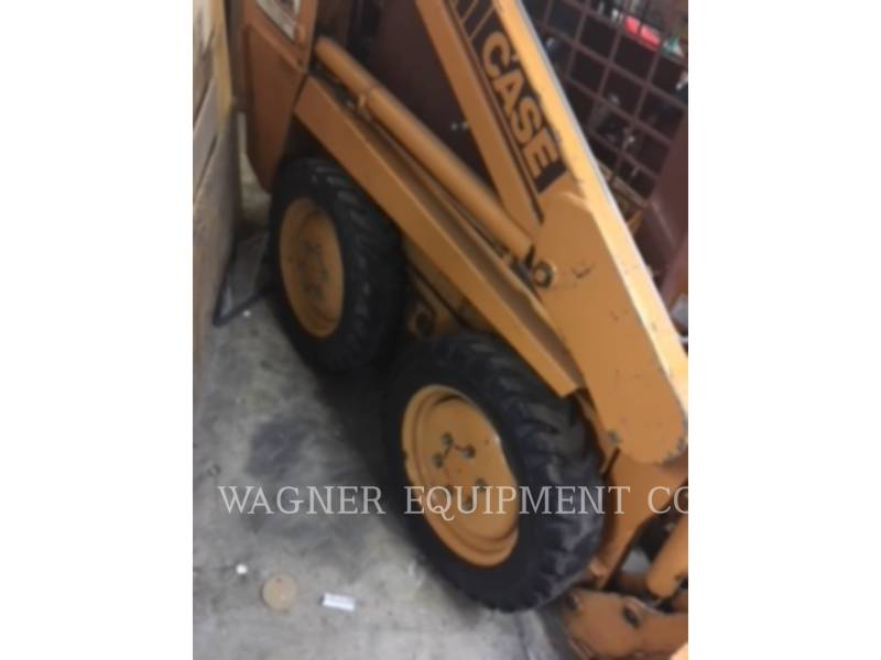 CASE SKID STEER LOADERS 1818 equipment  photo 8