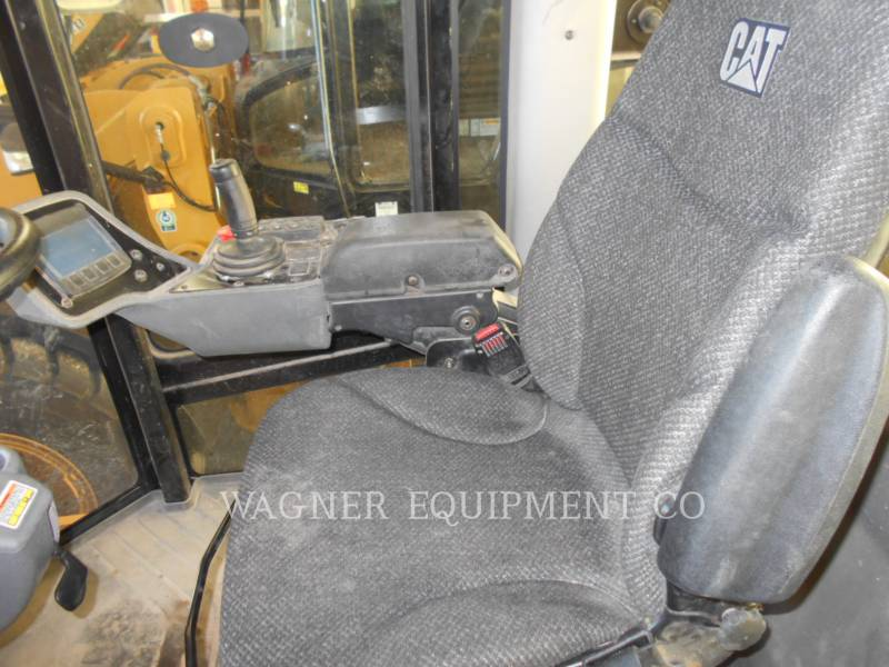 CATERPILLAR COMPACTORS CS56B equipment  photo 6