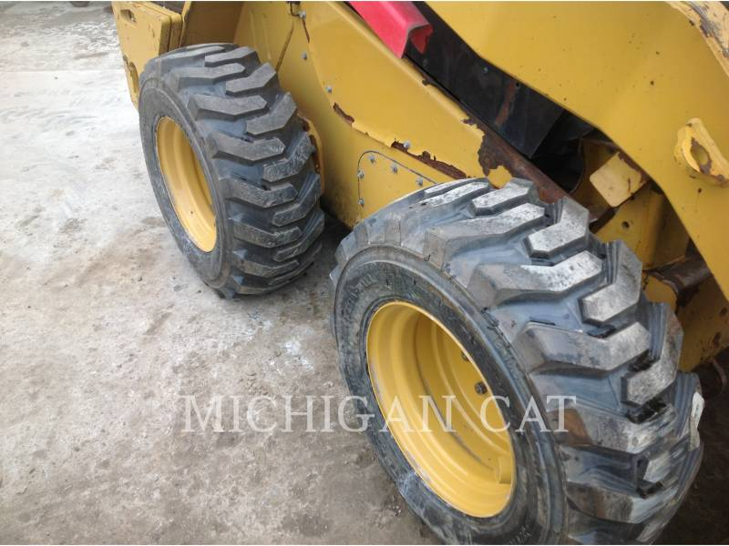 CATERPILLAR MINICARREGADEIRAS 262C AHQ equipment  photo 14