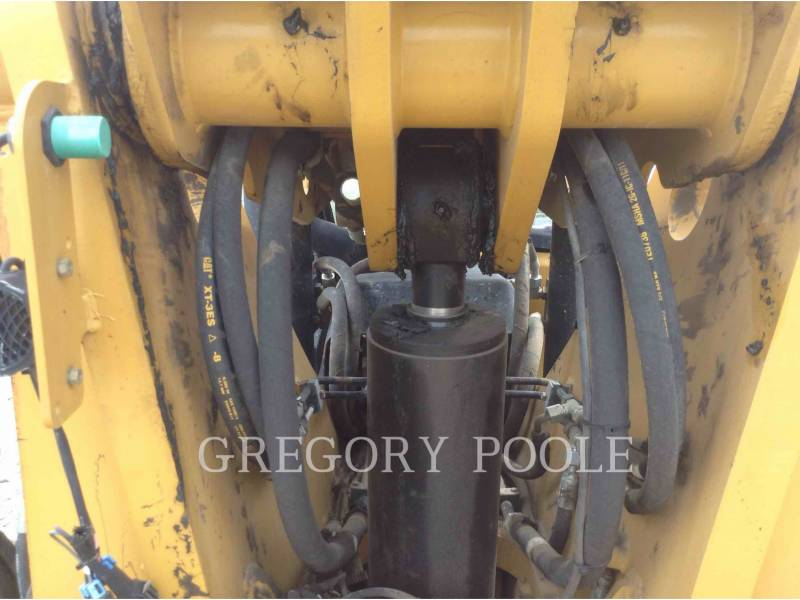 CATERPILLAR TELEHANDLER TL1055C equipment  photo 14