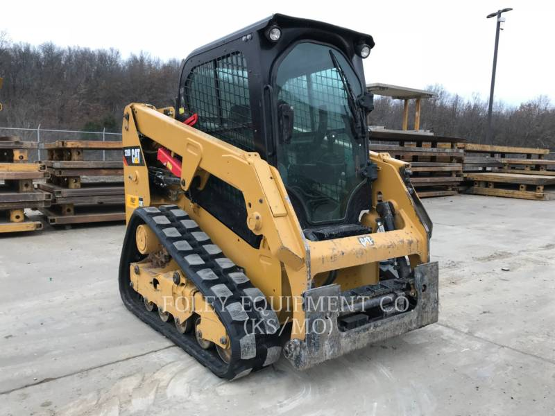 CATERPILLAR CHARGEURS COMPACTS RIGIDES 239DSTD1CA equipment  photo 1
