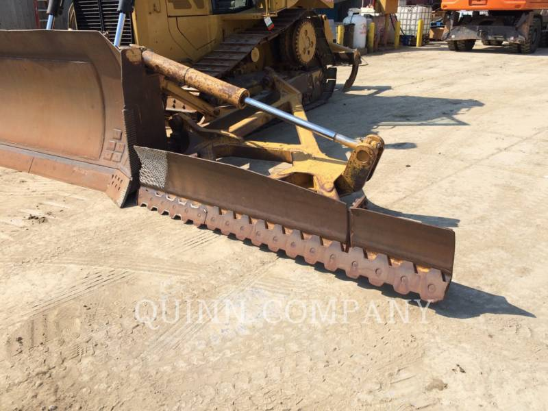 CATERPILLAR TRACK TYPE TRACTORS D6T XL equipment  photo 11