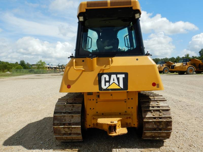 CATERPILLAR TRACK TYPE TRACTORS D 6 K2 XL equipment  photo 3