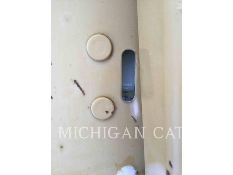 CATERPILLAR TRACK TYPE TRACTORS D3CIIIXL equipment  photo 16