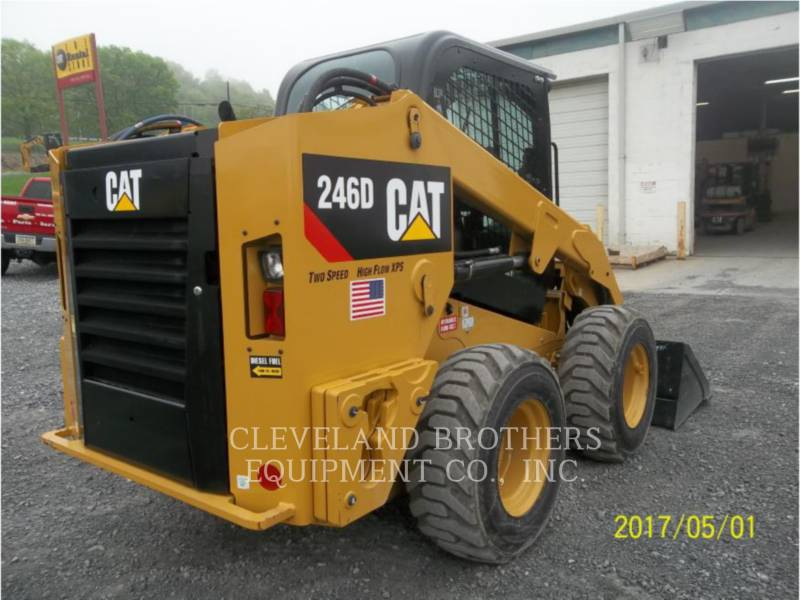 CATERPILLAR CHARGEURS COMPACTS RIGIDES 246D HF equipment  photo 2