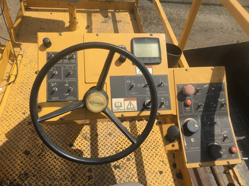 WEILER ASPHALT PAVERS E1250A equipment  photo 18