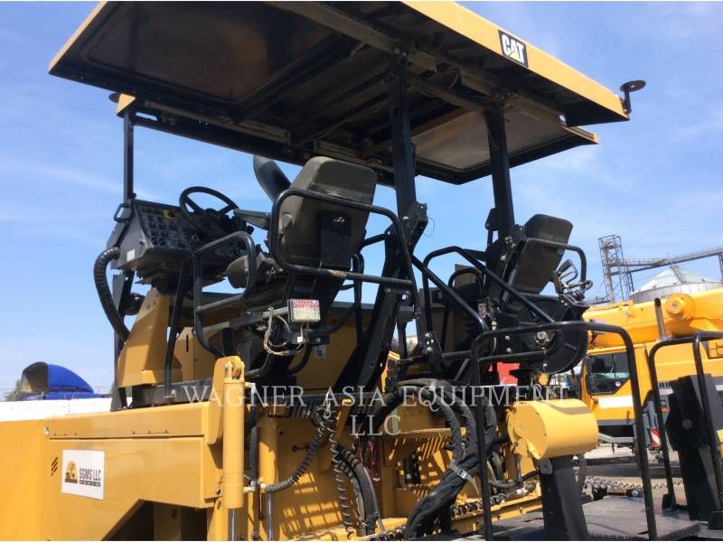 Caterpillar BETONIERE DE ASFALT AP-655D equipment  photo 20