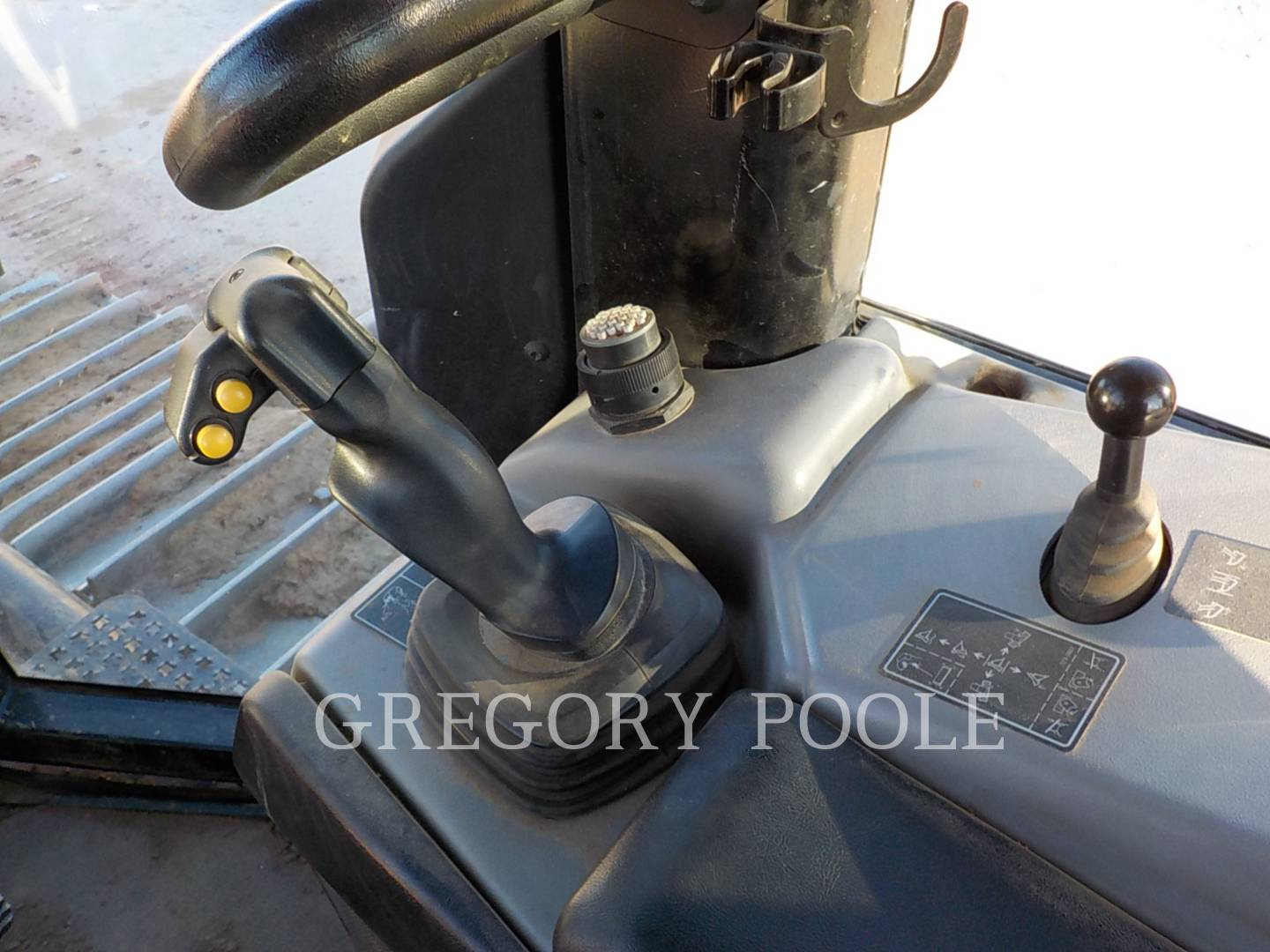 Detail photo of 2015 Caterpillar D6N from Construction Equipment Guide