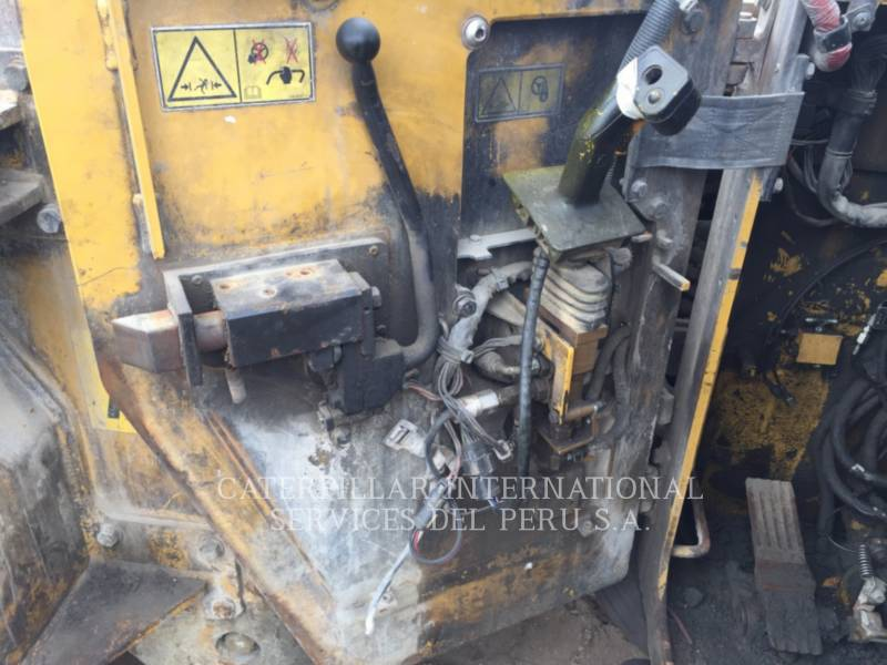 CATERPILLAR UNTERTAGEBERGBAULADER R1300G equipment  photo 15