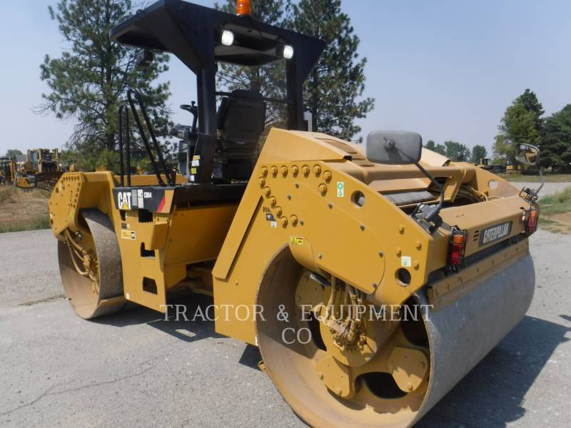 CATERPILLAR PAVIMENTADORA DE ASFALTO CB64 equipment  photo 6