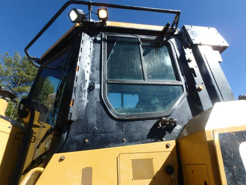 CATERPILLAR KETTENDOZER D7ELGP equipment  photo 15